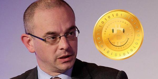 Главный экономист UBS назвал отличия криптовалюты от настоящих денег