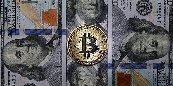 Биткоин взлетел выше 8000 долларов— Новый рекорд