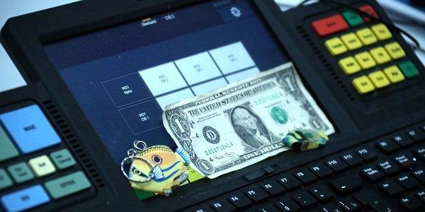 ЦБвыявил использование инсайдерской информации при продаже валютной выручки «Лукойла»