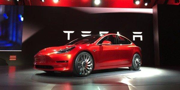 Компания Tesla стала дороже всех автопроизводителей в США